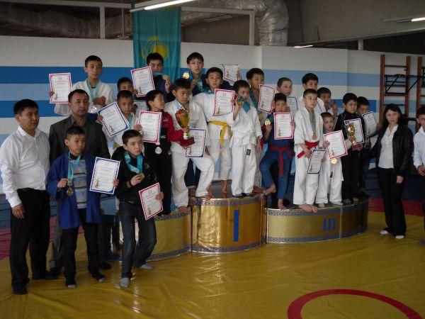 Победители чемпионата Казахстана 2013
